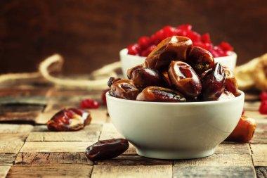 Dried sweet dates.