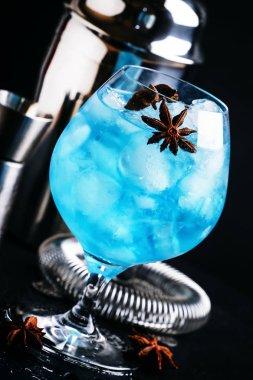 Alcoholic cocktail with sambuca