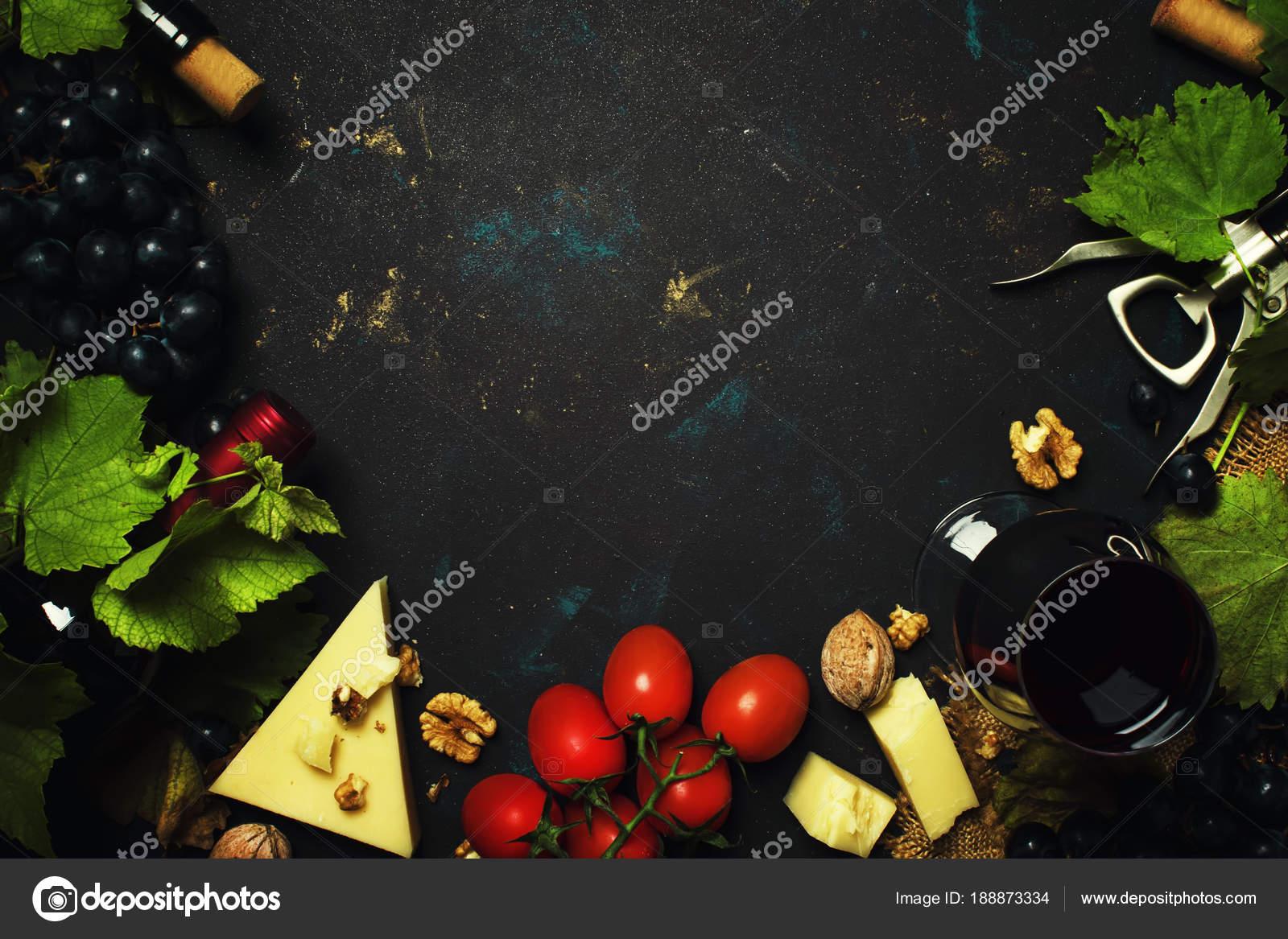 Rot Wein Und Snacks Italienische Küche Rahmen Und Kopie Raum ...