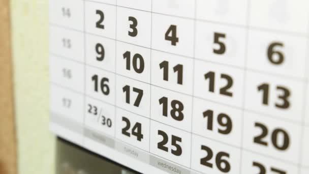 Čas, podnikání, finance. Kalendář v kanceláři, kalendářní data a čísla