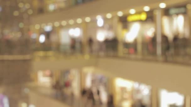 Zsúfolt emberek bevásárlóközpont Hyperlapse homályos videó