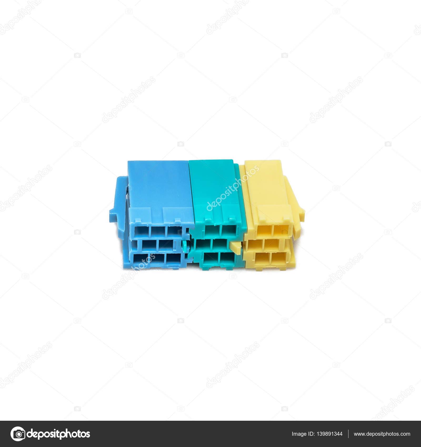 lectrique aux c bles connecteurs mini iso auto voiture avec fond blanc photographie ru foto. Black Bedroom Furniture Sets. Home Design Ideas
