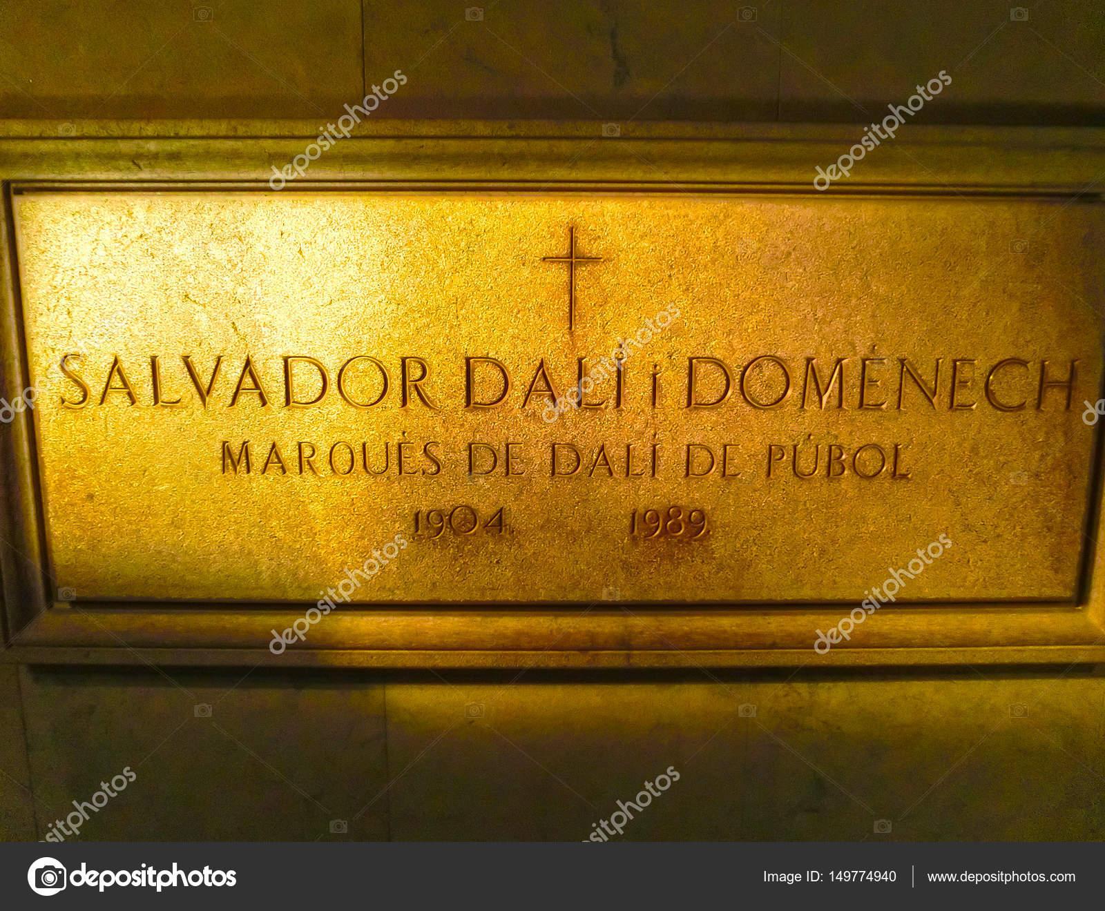 Figueres Espagne 15 Septembre 2015 Tableau Sur Le Mur Dans La