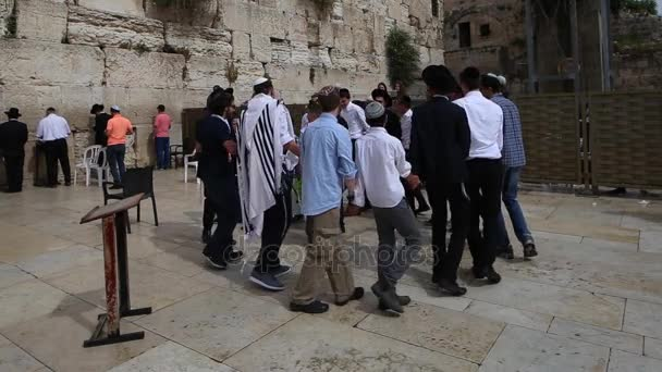 Jerusalem - 15 November, 2016: Bar mitzva celebation near the Wailing wall