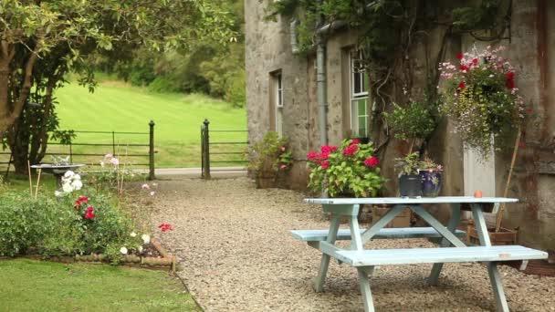 dům se zahradou v anglickém stylu