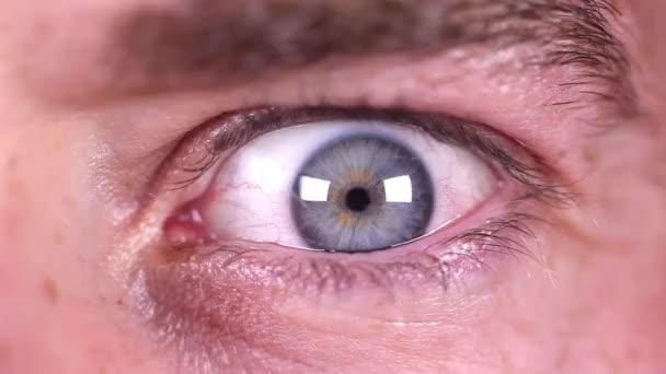 Man green eye