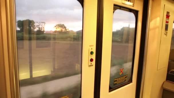 Interiér prázdný vlak