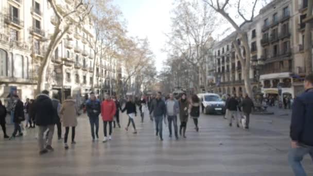 Lidé na ulici Barcelona