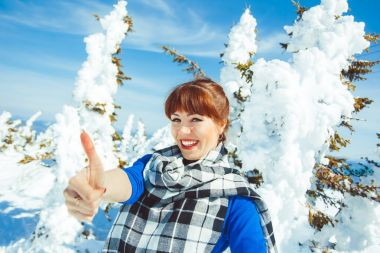 woman in winter shows class