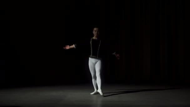 klasszikus balett táncos képzés