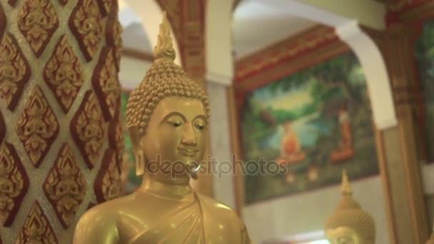 Arany Buddha szobor, a kolostor