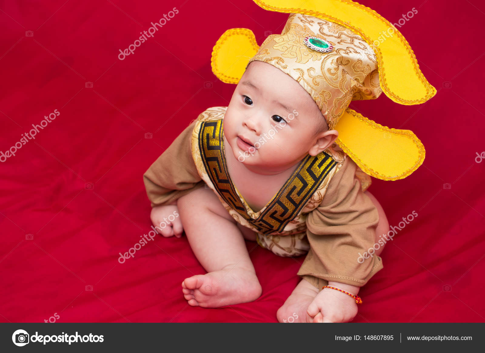 Asian baby in costume king of china cosplay u2014 Photo by Ch&ja  sc 1 st  Depositphotos & Asian baby in costume king of china cosplay u2014 Stock Photo © Champja ...