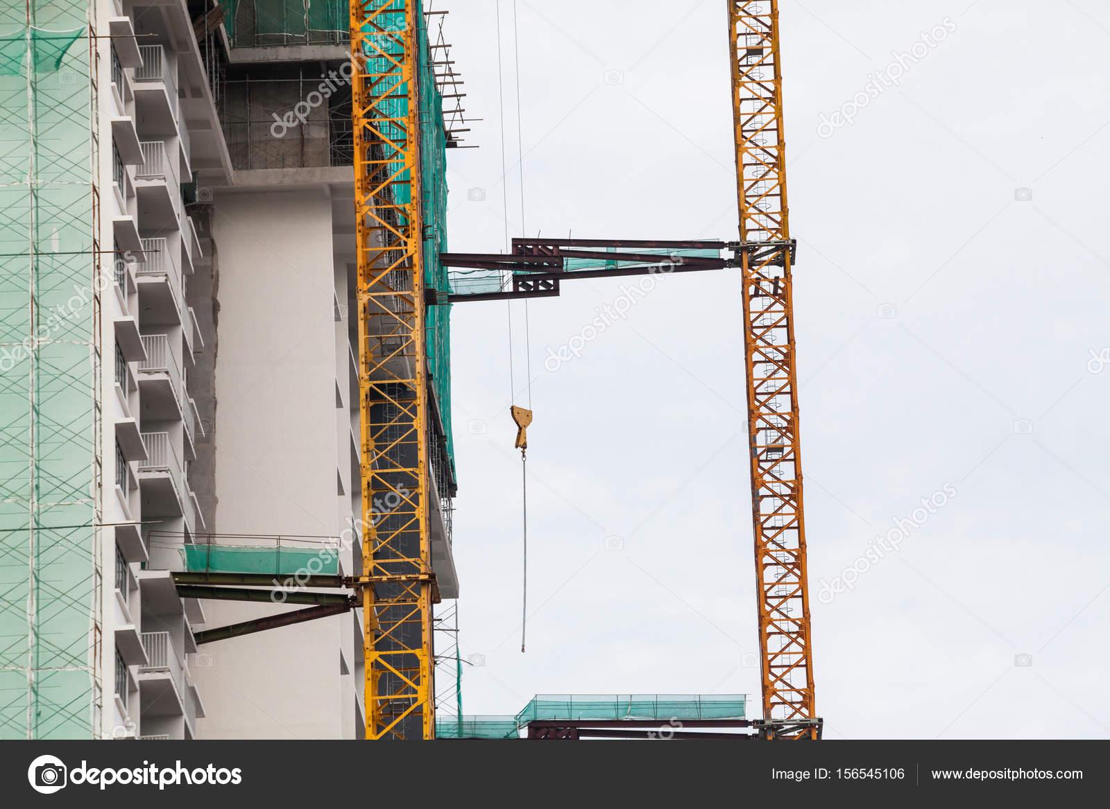 mode de site de construction de grue ascenseur poutre m tallique briques chelle m tallique. Black Bedroom Furniture Sets. Home Design Ideas