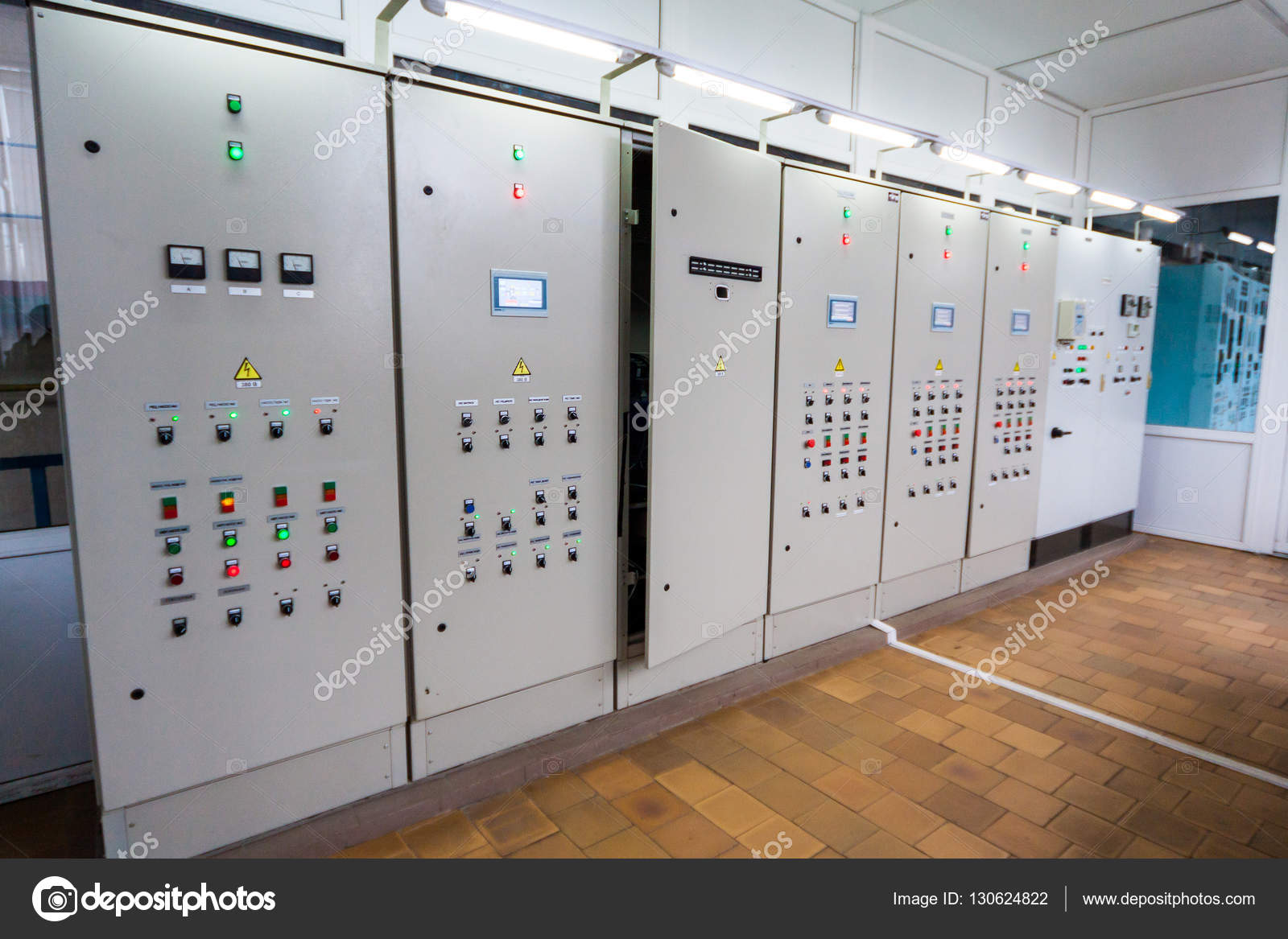 Control panel with circuit-breakers and tangled cable leads, fusebox ...