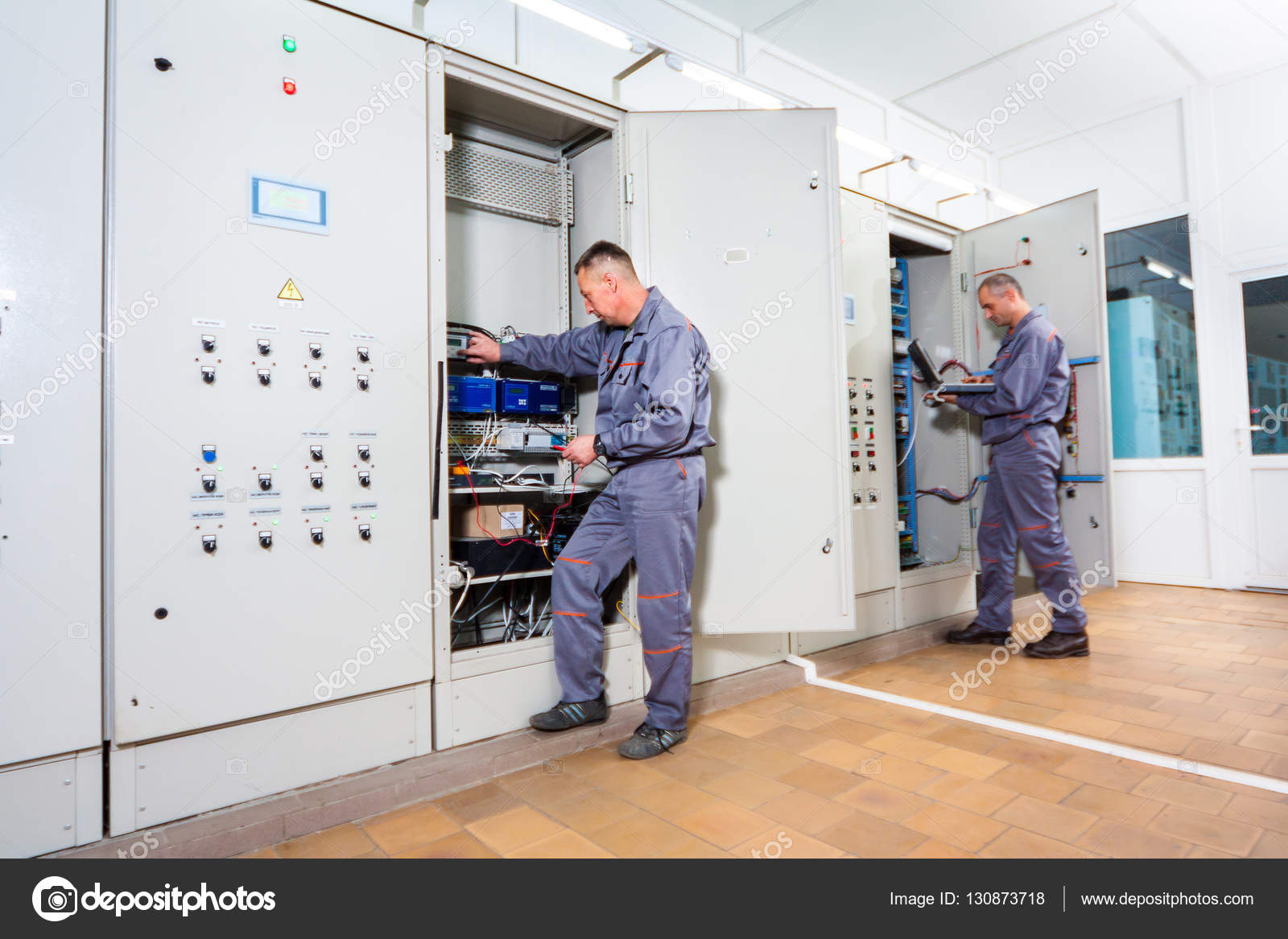 electrician testing industrial machine electrician builder engineer rh depositphotos com fuse box markings for peterbilt fuse box making humming noise