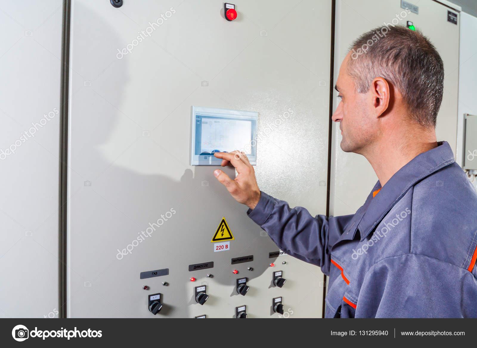 Industrielle Prfmaschine Elektriker Baumeister Industrial Fuse Box Ingenieur Mnnliche Energieeinsparung Ausrstung Einschrauben