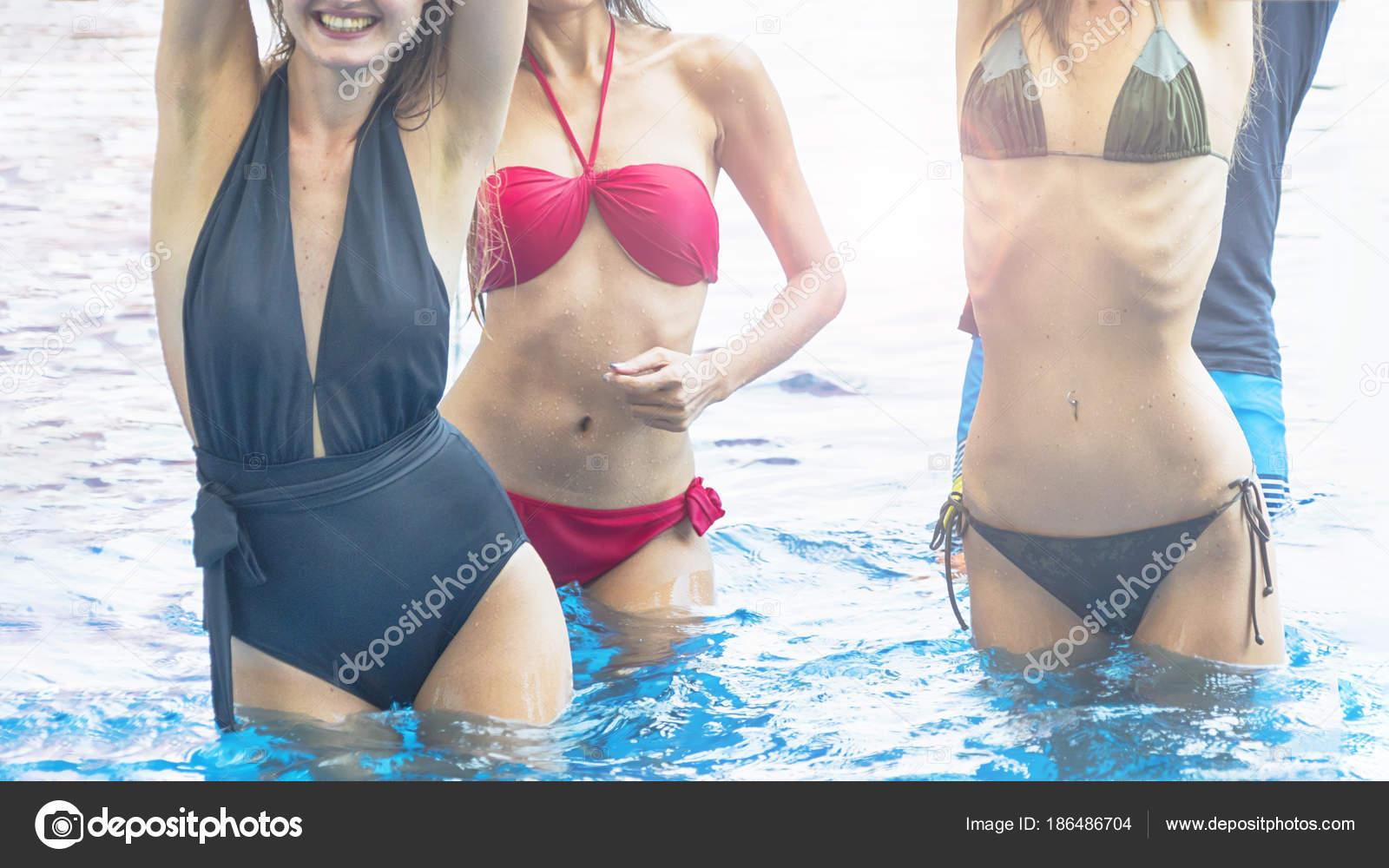 Stáhněte si tento bezplatný obrázek o Bikini Model Žena z rozsáhlé knihovny společností Pixabay, která obsahuje obrázky a videa z veřejných domén.