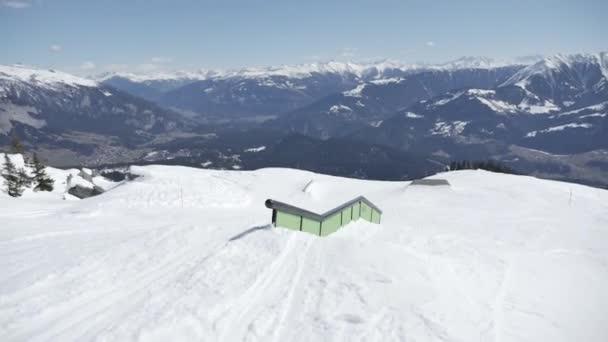 Freestyle-Skifahren im Snowpark