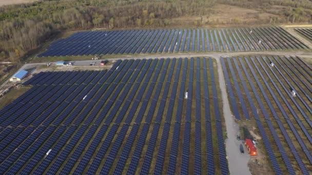 Luftaufnahme des Solarfeld-Feldes
