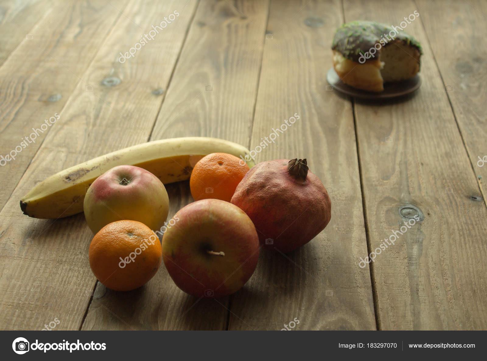 Fırında Meyve Karnavalı