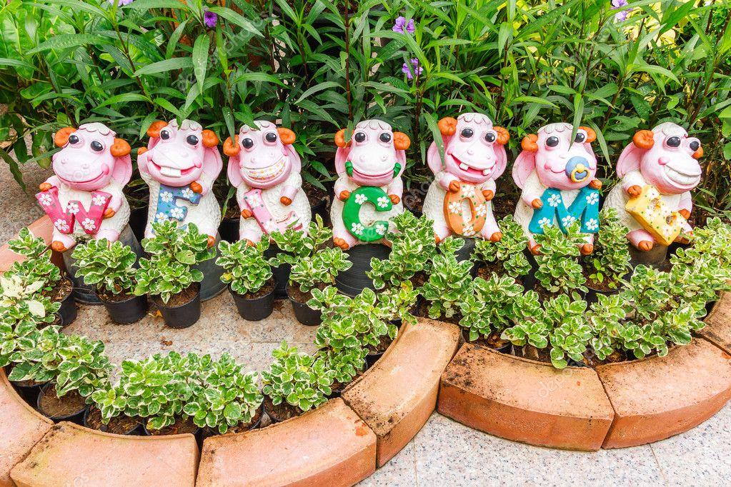 Vaches en céramique pour la décoration de jardins, heureux des ...