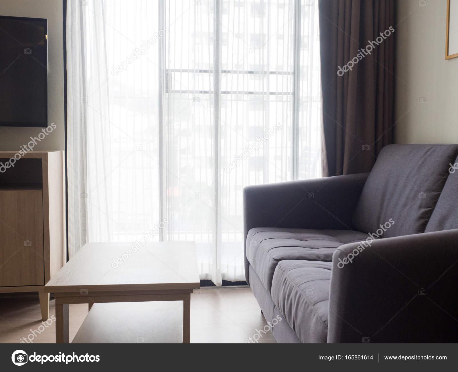 Gemütliches, Stilvolles Wohnzimmer Mit Sofa Set. Modernes Wohnzimmer Mit  Sofa Und Möbel U2014 Foto Von Anon Tae