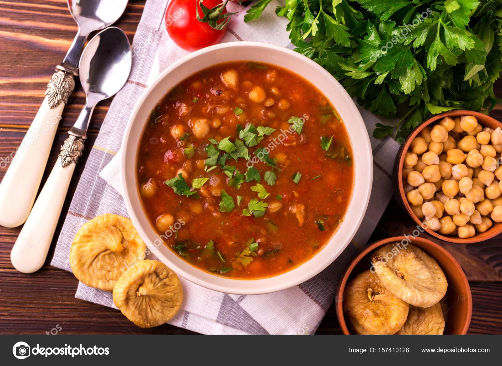 Jüdische Küche   Harira Suppe Mit Feigen Ramadan Essen Traditionelle Judische Kuche
