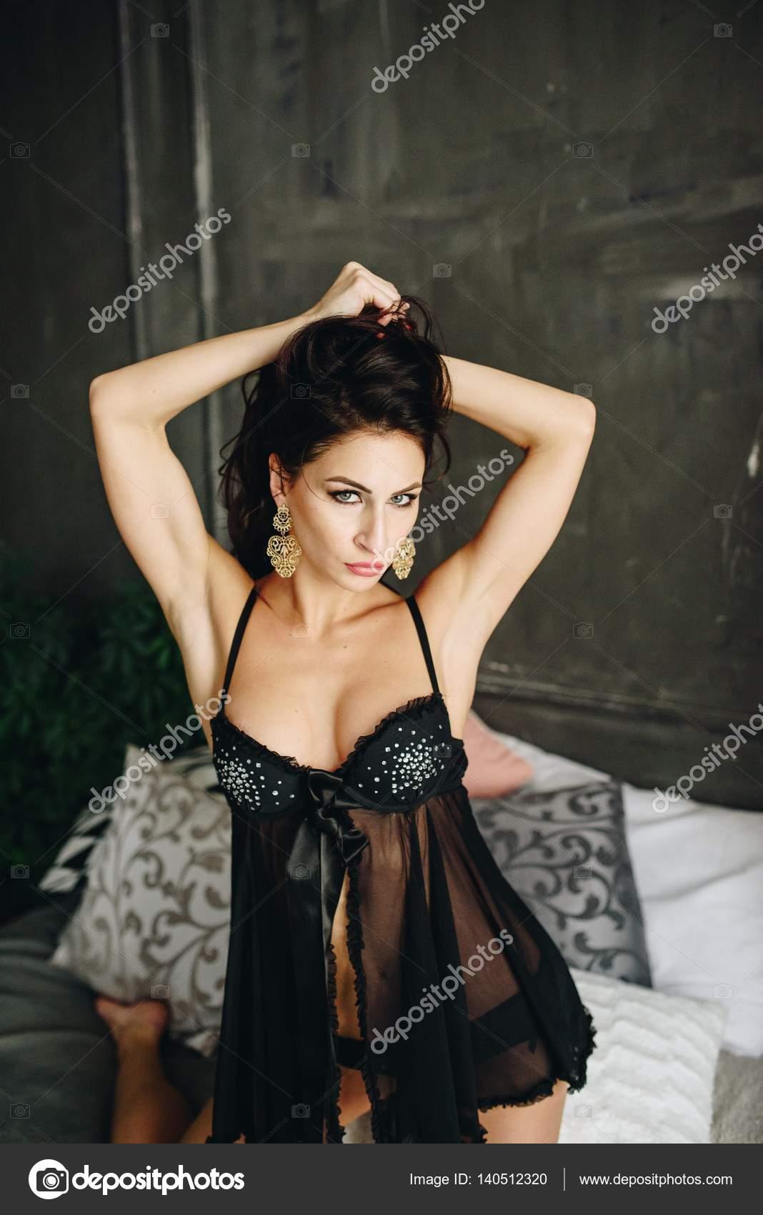 Позы молодых девочек сексуальных красивых эротика