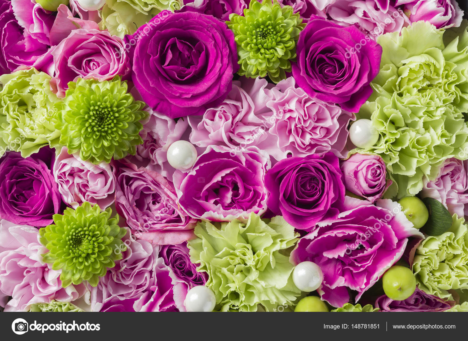 A wall made of beautiful rose flowers stock photo keiphoto a wall made of beautiful rose flowers photo by keiphoto izmirmasajfo