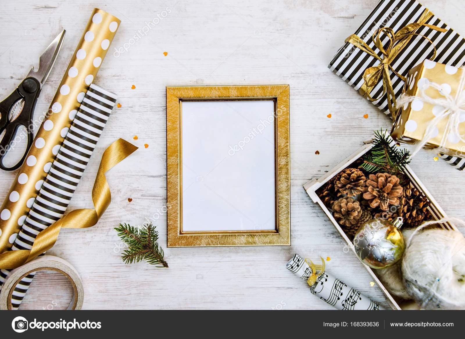 Golden Ptoto Rahmen, Geschenk-Boxen, eine Kiste voll von ...