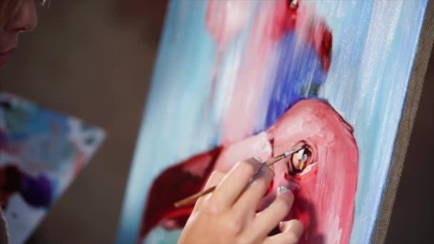 Kézi festő rajz részletek egy képet a rózsaszín madarak.