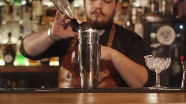 Bartender in a restaurant working