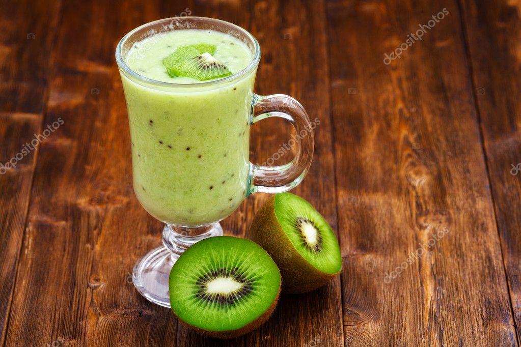 Licuado de kiwi con leche
