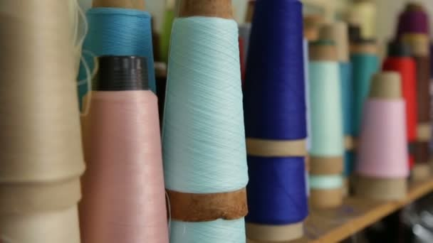 Garnspule aus texturierter Faser