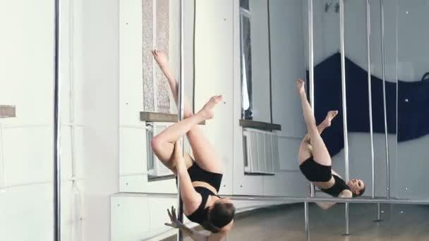 pól tanečnice