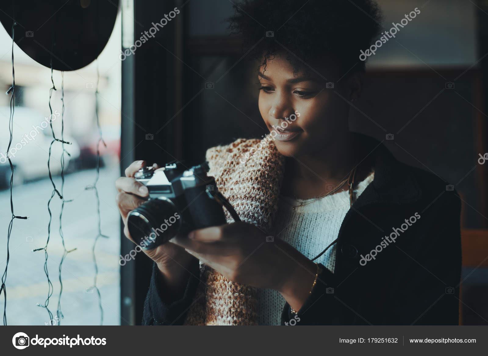 Ebony κορίτσια εικόνες