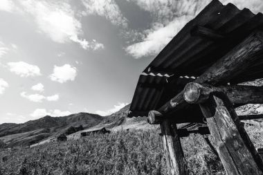 Draw-well in mountains, greyscale shooting