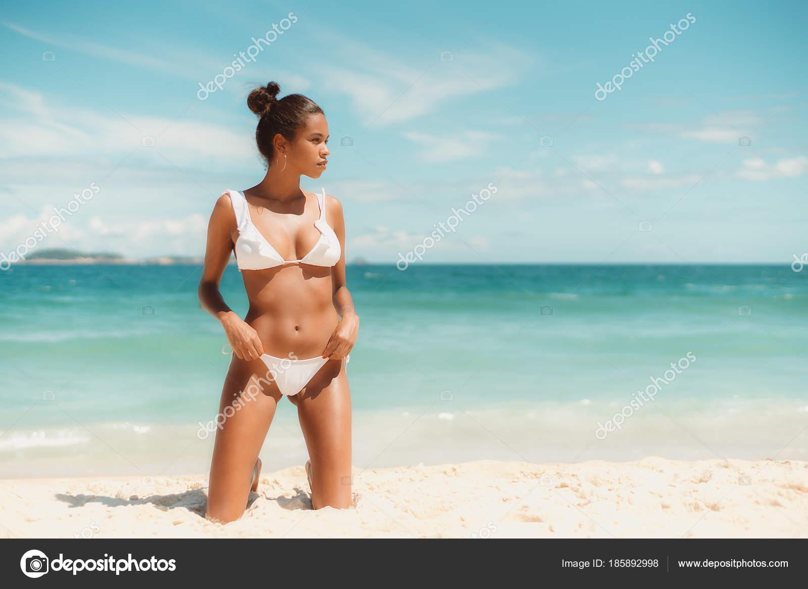 μαύρο κορίτσι φωτογραφίες τεράστιο καβλί gay πρωκτικό σεξ