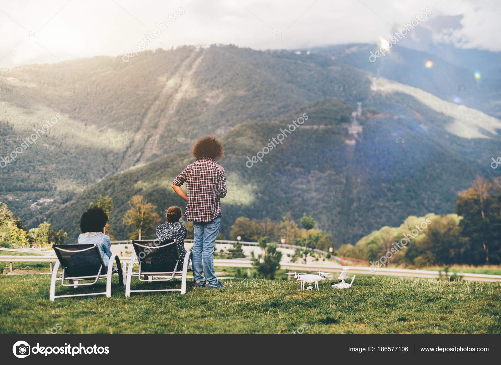 Montagnes Du Les Observant — L'été Gens De Belvédère Photographie 8vNn0wmO