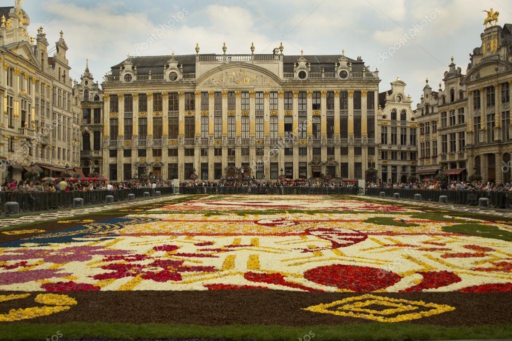Tappeto Floreale Bruxelles : Tappeto del fiore a bruxelles fotografia editoriale
