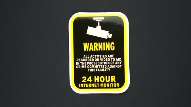 FIGYELMEZTETÉS 24 óra INTERNET MONITOR figyelmeztető jel szöveg