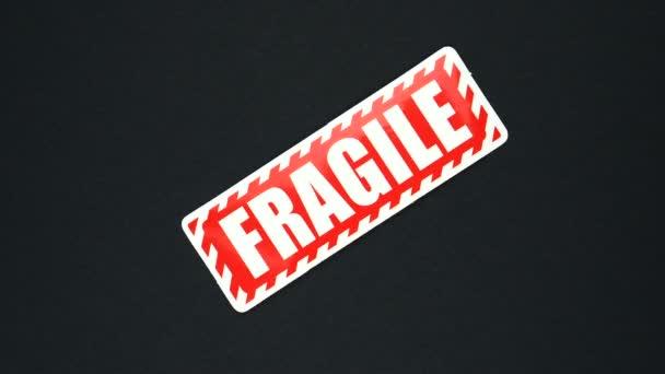 FRAGILE figyelmeztető jel szöveg