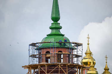 Reconstruction of the Pyatnitskaya tower of the Sergiyev Posad monastery. Sergiyev Posad, Russia