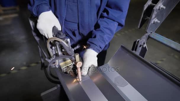 Turbo Arbeiten Sie mit mechanisierten Hand für das Punktschweißen von MJ41