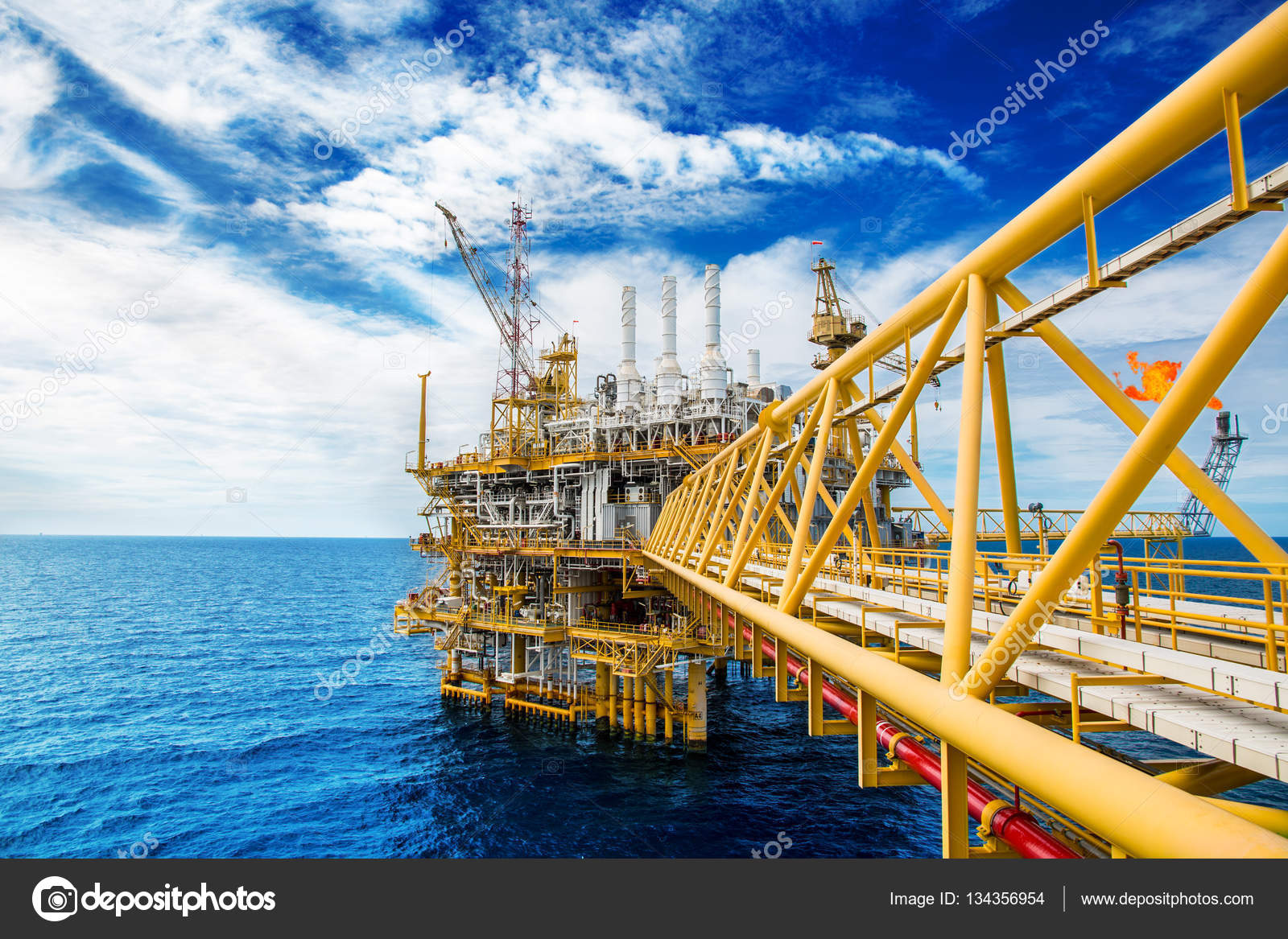 Oil and gas platform or Construction platform  power business