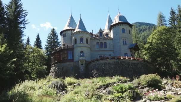 Starý hrad Savoia Aosta Itálie Italia památník umění cestovního ruchu cestovní
