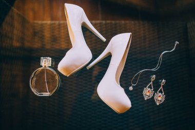 fashion wedding shoes