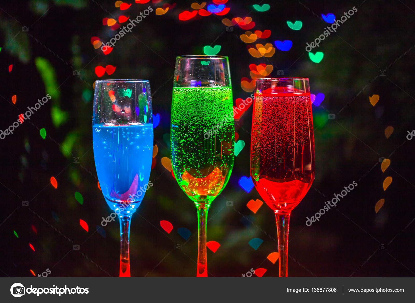 Bubble Herz in Getränk — Stockfoto © thaisign #136877806