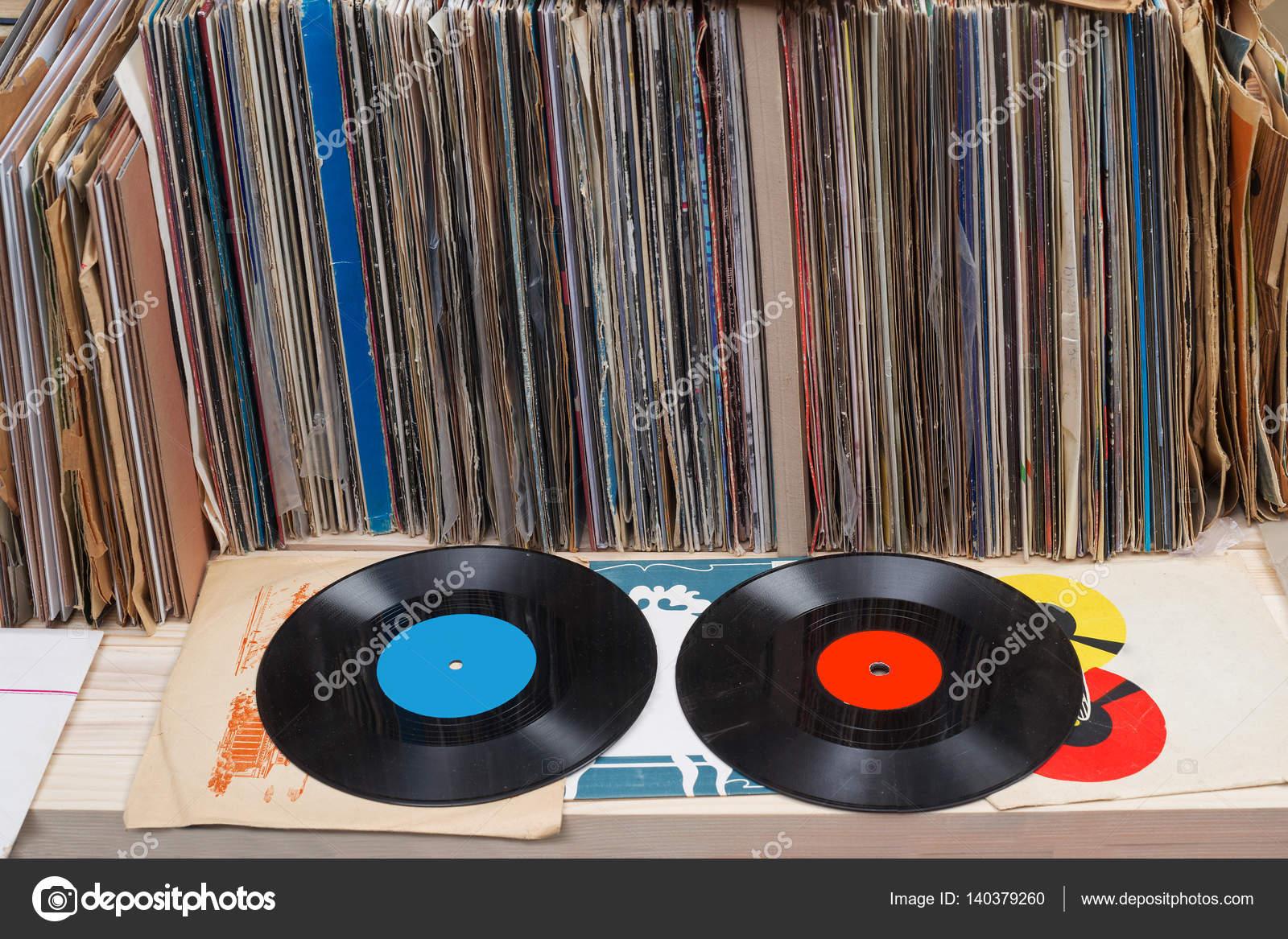 Resultado de imagen para colección de discos de vinilo