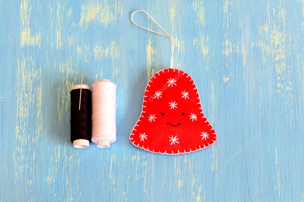 How To Sew A Christmas Felt Bell Ornament Step Fun Felt